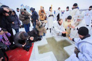 Крещение в 2020 году какого числа в России