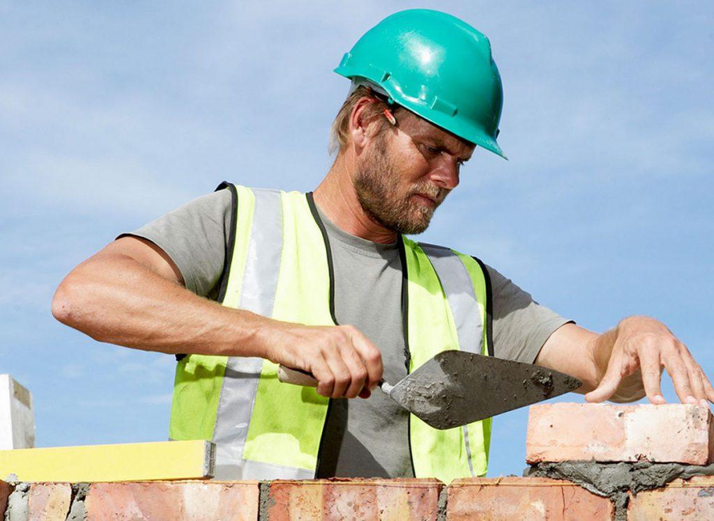 Поздравления с Днем строителя официальные в прозе