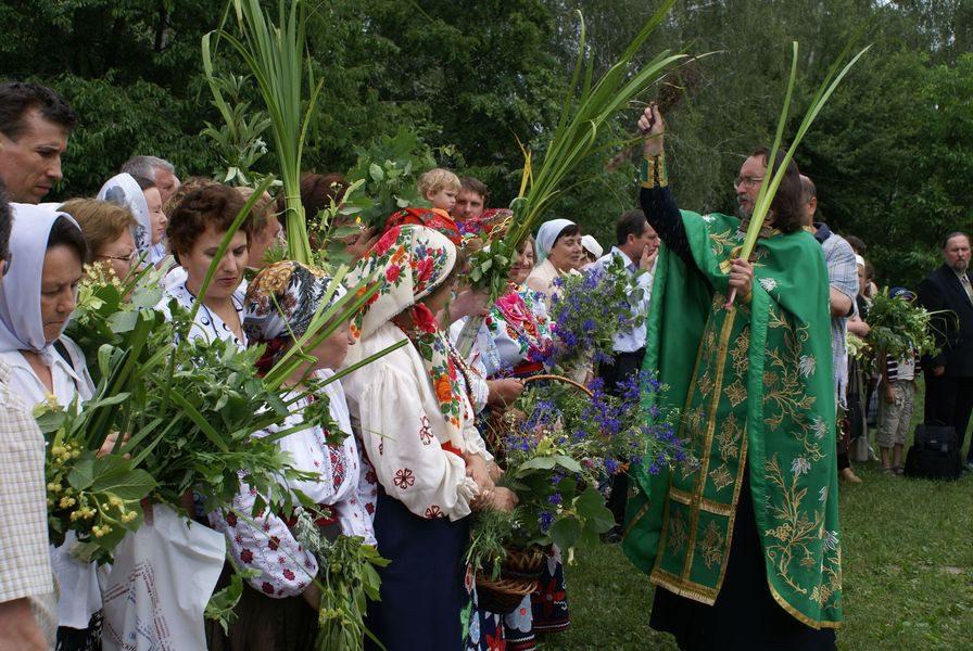 Когда Троица в 2022 году у православных в России какого числа